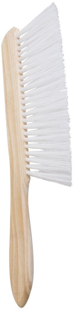 Bee brush with a strong row