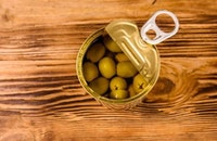 Cans for olives